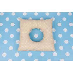 Poporodní polštář - Béžový puntík